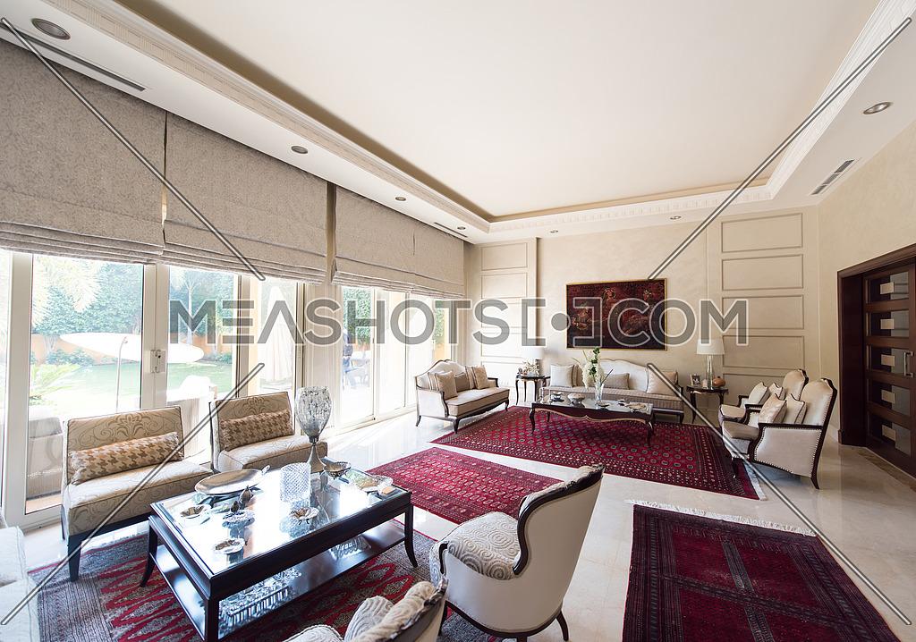 living room-107390 | Meashots