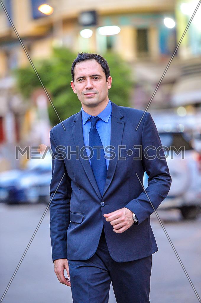tunisian actor dhafer al abdeen during a photoshoot in the street on 6 July 2015 الممثل التونسي ظافر العابدين