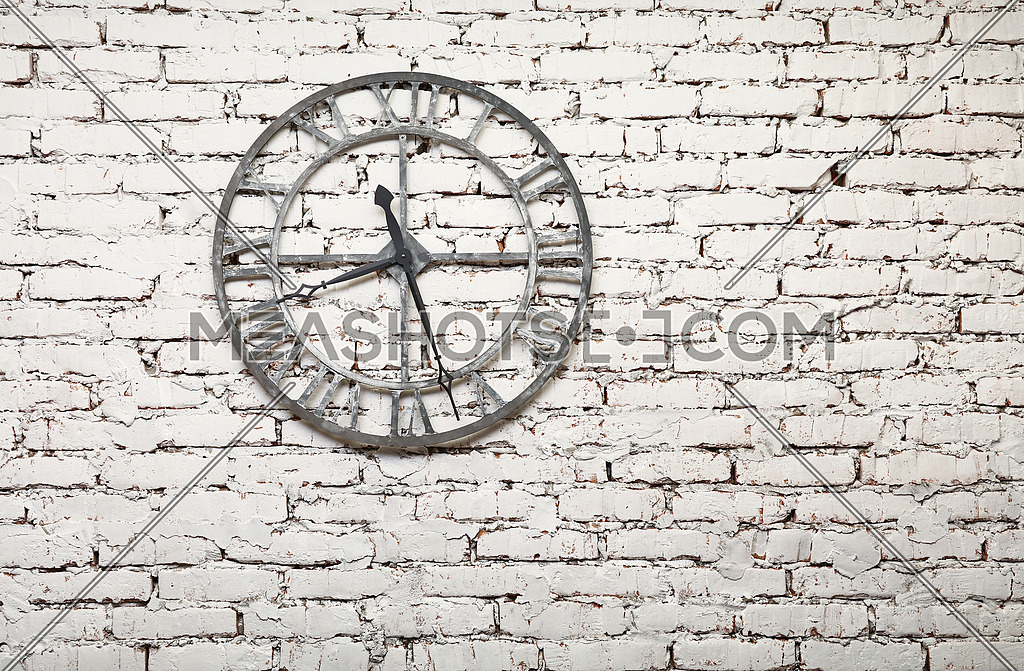 Old Metal Clock On White Painted Grunge Brick Wall 196202 Meashots