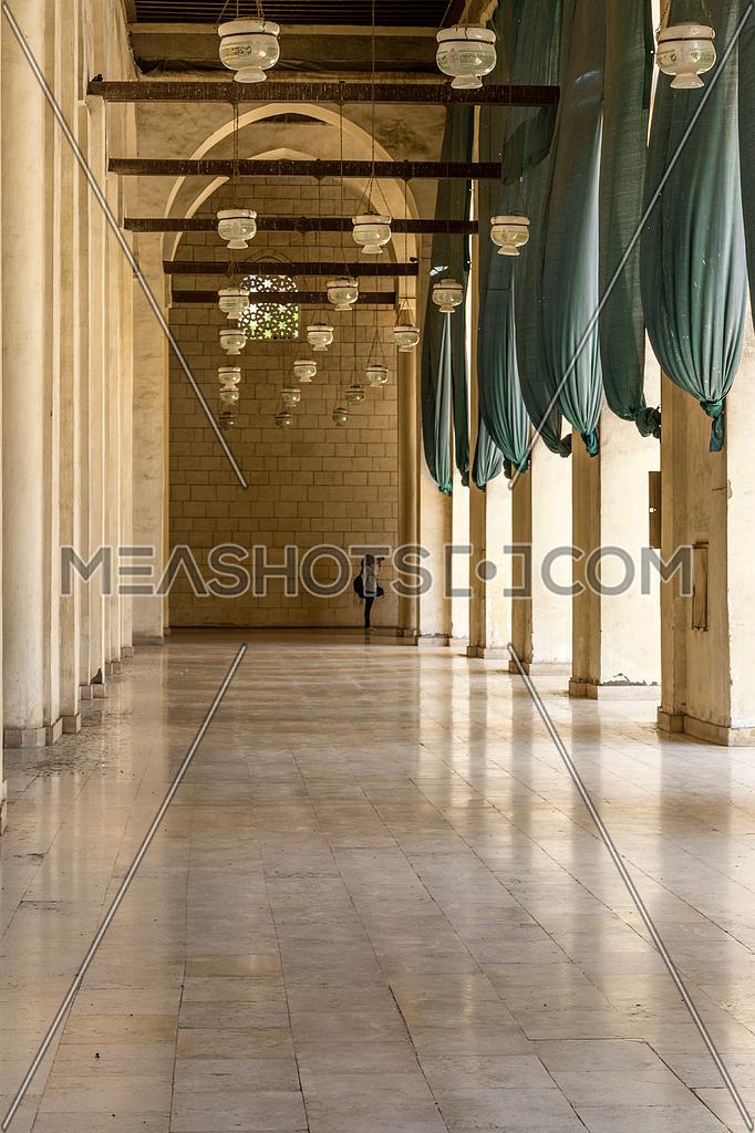 ELHakem Mosque corridoor pillars