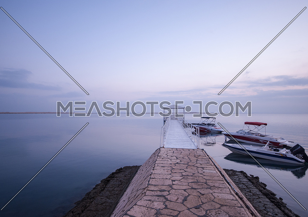 Lake in Fayed