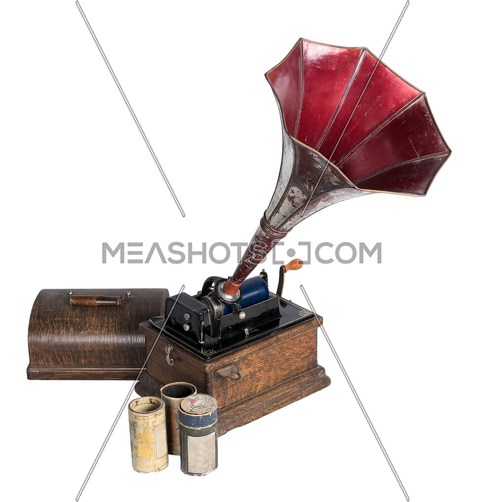 A 1911 old phonograph with three cylinder records