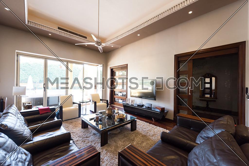 living room-107385 | Meashots