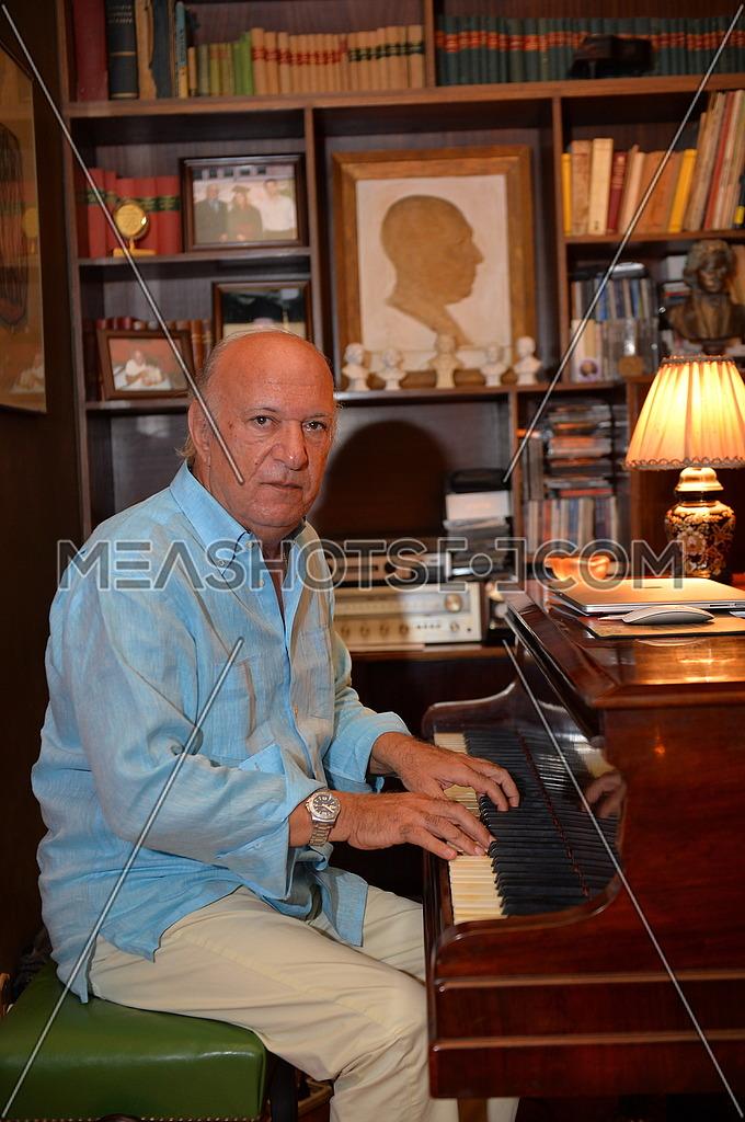 Egyptian Pianist Omar Khayrat in his residence on 15 June 2015 الموسيقار المصري عمر خيرت في منزله