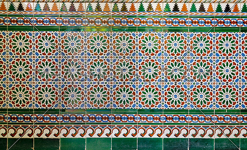 Wall with Ottoman style glazed ceramic tiles decorated with floral ornamentations manufactured in Iznik, Cairo, Egypt