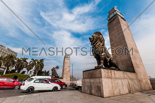 Low Angel for Qasr Al Nile Bridge's Lions at Day