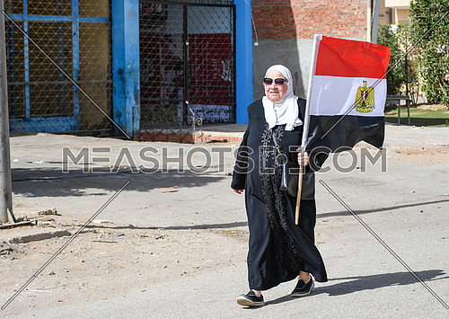 old lady casts her vote in the Egyptian presidential election  at 6th of October City  26 March 2018