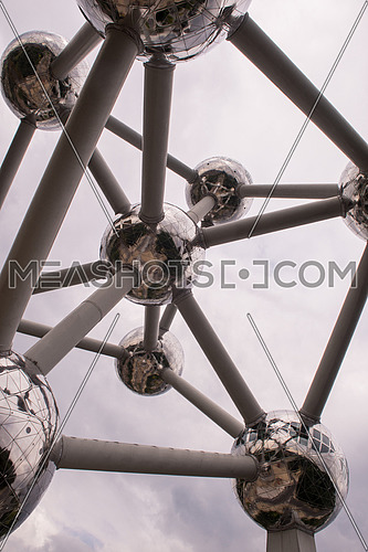 picture of the Atomium building in Brussels