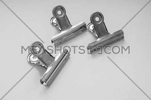 Small spring clamps made of metal