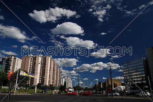 blue sky with dramatic clouds   (NIKON D80; 6.7.2007; 1/125 at f/7.1; ISO 100; white balance: Auto; focal length: 18 mm)