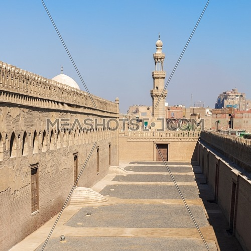 Passages surrounding Ibn Tulun mosque with the minaret of Amir Sarghatmish mosque at far distance, Sayyida Zaynab district, Medieval Cairo, Egypt