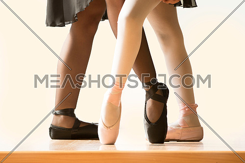 Legs with Ballet Girls and their Pointe