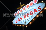 Las Vegas sign at night - fast pans (6 of 7)