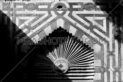 Black and white Shades & Shadows / Islamic Architecture Facade
