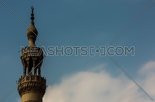 Fixed Shot for mousqe minaret at Daytime