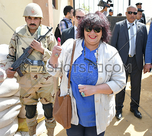 Dr.Enas Abdel Dayem the Egyptian Minister  of Culture After its vote in the Egyptian presidential elections at 6th of October City  26 March 2018