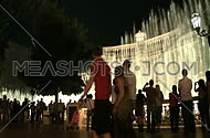 Tourists watch the Bellagio fountains (1 of 4)