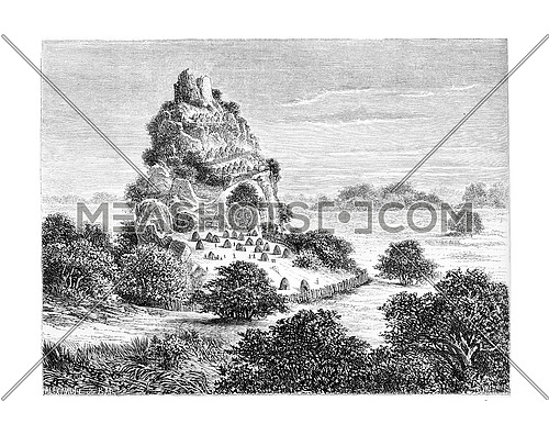 Cingolo, an Ovimbundu Kingdom in Angola, Southern Africa, drawing by De Bar based on a sketch by Serpa Pinto, vintage engraved illustration. Le Tour du Monde, Travel Journal, 1881