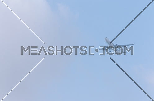 Long Shot of Singapore airlines airplane approaching