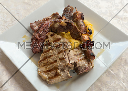 pictured Grilled meat mix above
