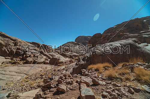 Long shot for Ain hudra at Sinai Mountain at day.