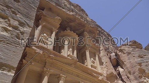 Right pan of the upper portion of the Treasury facade in Petra