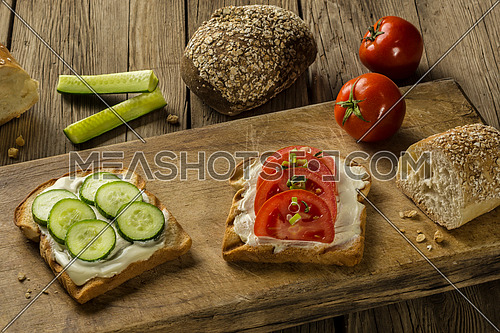 Tomatoes and cucumber with white cheese