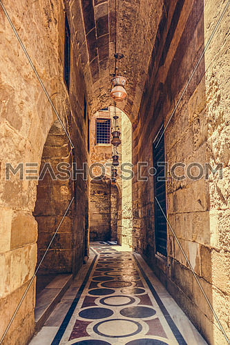 Pass in of the mosque Moez in cairo at day