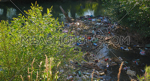 pollution in river  (Multiple values)