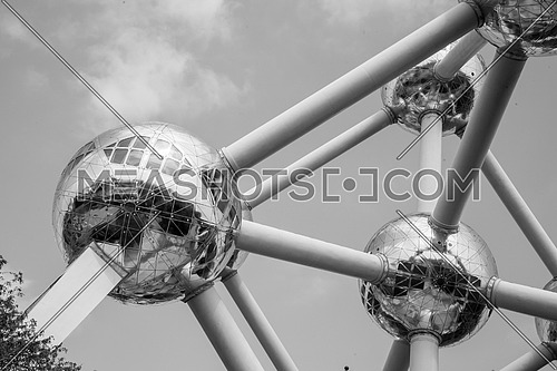 Atomium, Bruxelles, Belgium Monument, black and white, monocrome
