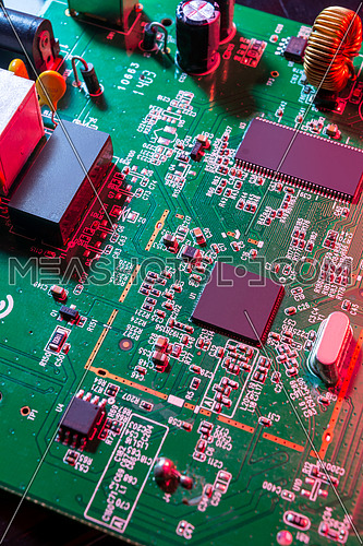 Electronic components in Green Board
