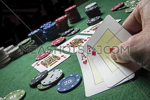 cards poker deck English, cards win the game with two ACEs
