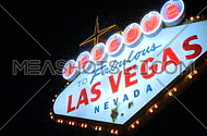 Las Vegas sign at night - fast pans (2 of 7)
