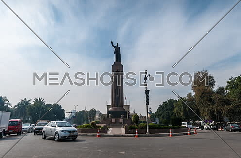 Zoom Out shot for Saad Zaghloul Statue at Cairo at Day